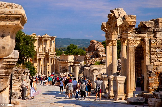 2 Day Ephesus And Pamukkale Tour From Istanbul by airplane 2