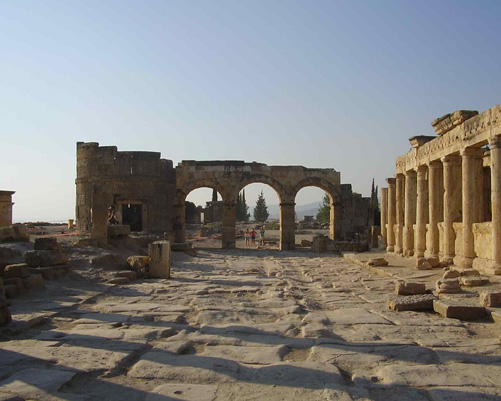 Hierapolis, Calcium Terraces And Pamukkale Tour